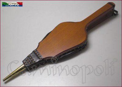 Mantice in legno M114